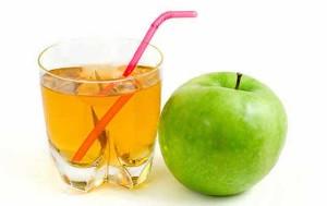 Можно пить яблочный сок при панкреатите
